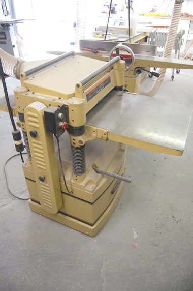 Planer front view